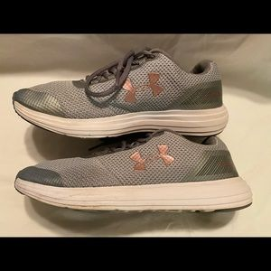 Women's Under Armour Shoes Size 8